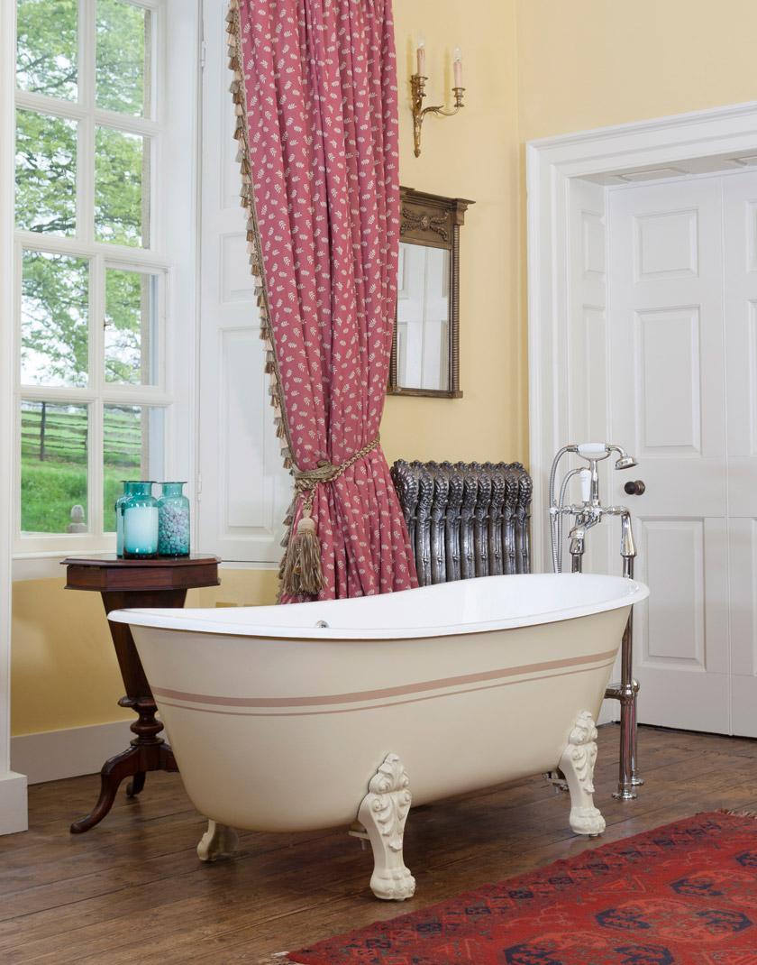 Schooner Cast Iron Bath (Painted) - Mackie Bathrooms